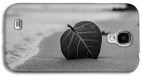 Ground Level Galaxy S4 Cases - Leaf on a Beach Galaxy S4 Case by Mountain Dreams
