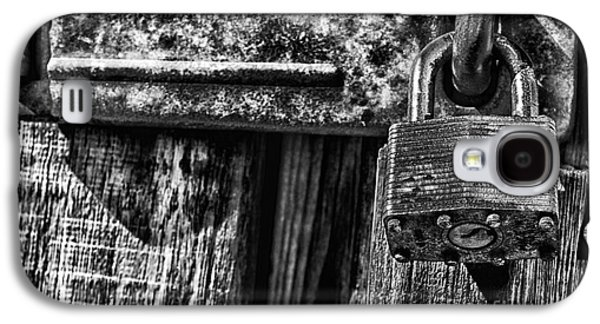 Outbuildings Galaxy S4 Cases - Lock and Latch Galaxy S4 Case by Thomas R Fletcher