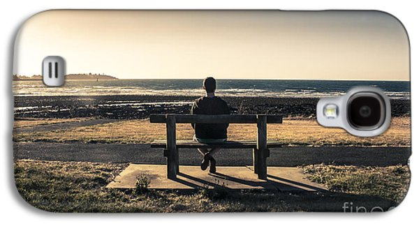 Contemplative Photographs Galaxy S4 Cases - Man watching Australian sunset on park bench Galaxy S4 Case by Ryan Jorgensen