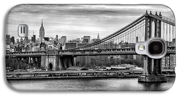 The New York New York Galaxy S4 Cases - Manhattan bridge Galaxy S4 Case by John Farnan