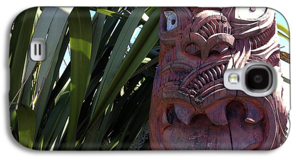 Wooden Sculpture Galaxy S4 Cases - Maori carving Galaxy S4 Case by Les Cunliffe