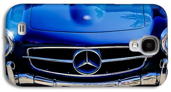 Transportation Photographs Galaxy S4 Cases - Mercedes-Benz 190SL Grille Emblem Galaxy S4 Case by Jill Reger
