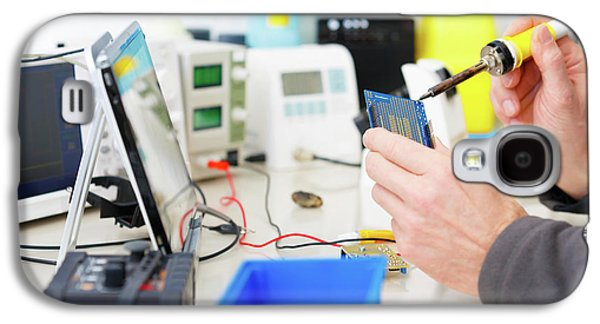 Microprocessor In Lab Galaxy S4 Case by Wladimir Bulgar
