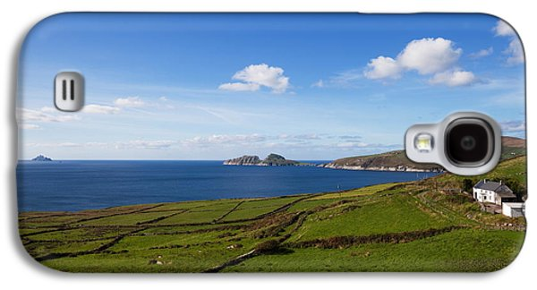 Farmscape Galaxy S4 Cases - Puffin Island From The Skelligs Ring Galaxy S4 Case by Panoramic Images