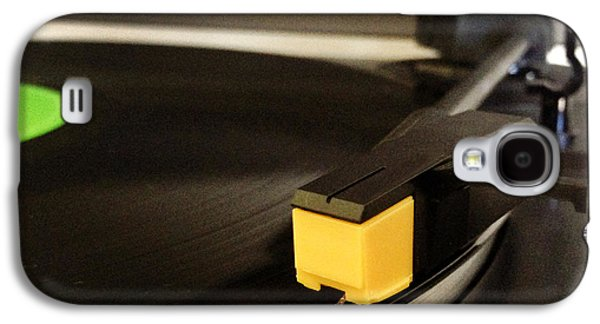Electronics Photographs Galaxy S4 Cases - Record player Galaxy S4 Case by Les Cunliffe