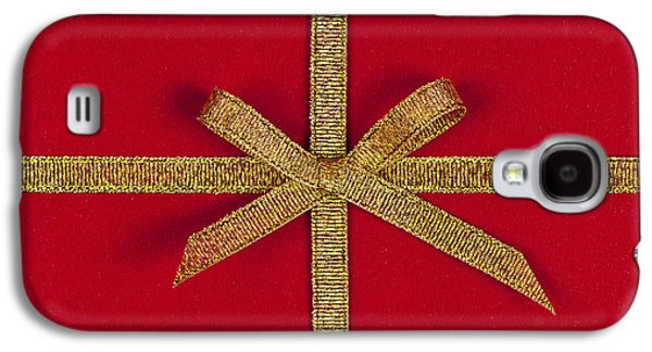 Gift Photographs Galaxy S4 Cases - Red gift with gold ribbon Galaxy S4 Case by Elena Elisseeva