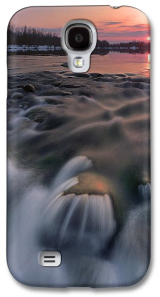 Landscapes Photographs Galaxy S4 Cases - Red sunset Galaxy S4 Case by Davorin Mance