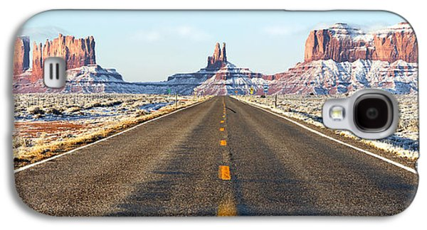 Road Travel Galaxy S4 Cases - Road lead into Monument Valley Galaxy S4 Case by King Wu