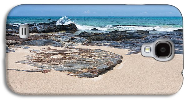 Atmosphere Photographs Galaxy S4 Cases - Rock Sand Sea And Sky Galaxy S4 Case by Atiketta Sangasaeng