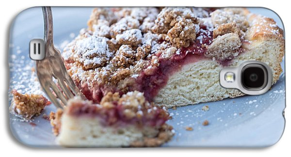 American Photographs Galaxy S4 Cases - Strawberry Streusel Kuchen Galaxy S4 Case by Iris Richardson