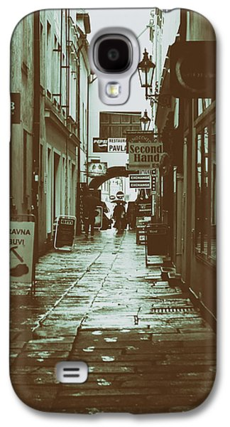 Budejovice Galaxy S4 Cases - The Dark Rainy Alleyway Galaxy S4 Case by Mountain Dreams