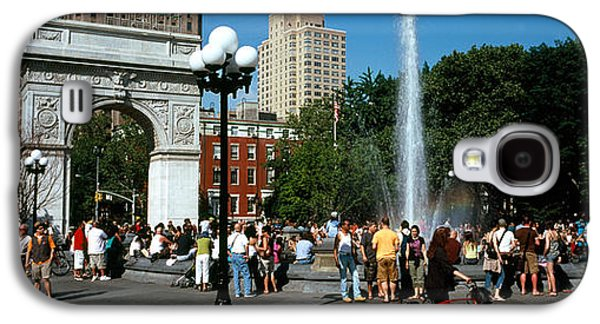 Built Structure Galaxy S4 Cases - Tourists At A Park, Washington Square Galaxy S4 Case by Panoramic Images
