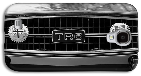 Transportation Photographs Galaxy S4 Cases - Triumph TR 6 Grille Emblem Galaxy S4 Case by Jill Reger