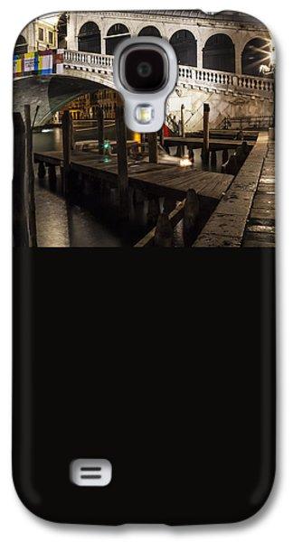 Ancient Galaxy S4 Cases - VENICE Rialto Bridge at Night  Galaxy S4 Case by Melanie Viola