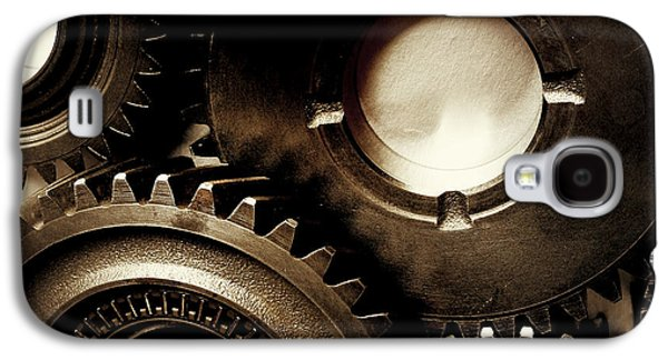 Machinery Galaxy S4 Cases - Cogs Galaxy S4 Case by Les Cunliffe