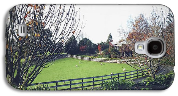 Ranch Photographs Galaxy S4 Cases - New Zealand Galaxy S4 Case by Les Cunliffe