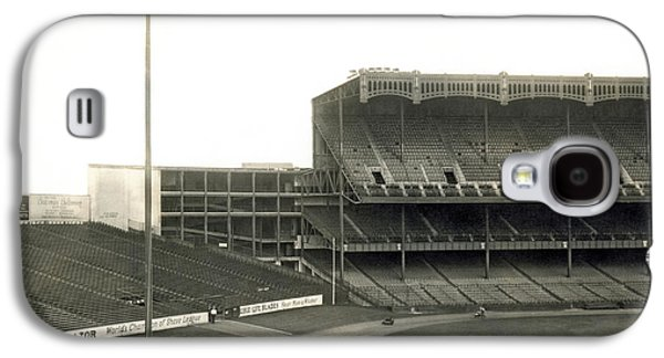 1923 Yankee Stadium Galaxy S4 Case by Underwood Archives
