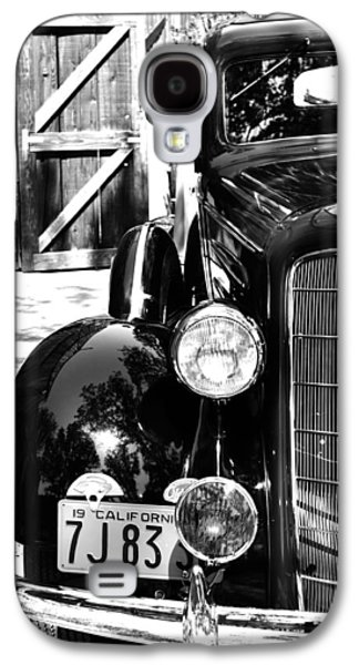 Transportation Photographs Galaxy S4 Cases - 1934 Oldsmobile Touring Coupe Galaxy S4 Case by Holly Blunkall