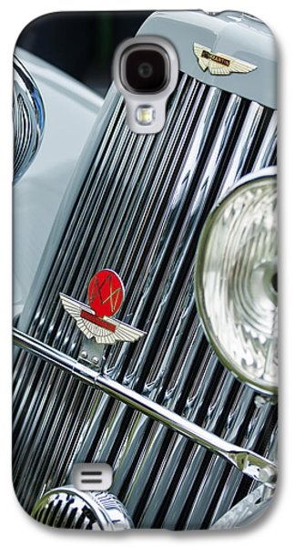 Transportation Photographs Galaxy S4 Cases - 1939 Aston Martin 15-98 Abbey Coachworks SWB Sports Grille Emblems Galaxy S4 Case by Jill Reger