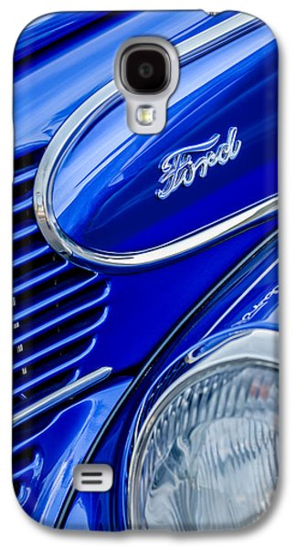 Wagon Photographs Galaxy S4 Cases - 1939 Ford Woody Wagon Side Emblem Galaxy S4 Case by Jill Reger