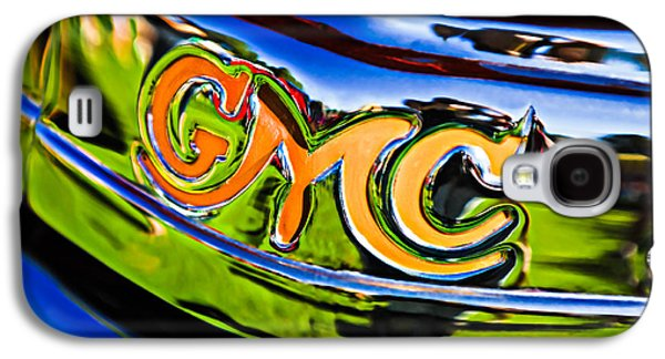 Transportation Photographs Galaxy S4 Cases - 1940 GMC Pickup Truck Emblem Galaxy S4 Case by Jill Reger