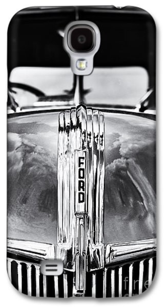 Truck Photographs Galaxy S4 Cases - 1941 Ford Pick Up Monochrome Galaxy S4 Case by Tim Gainey