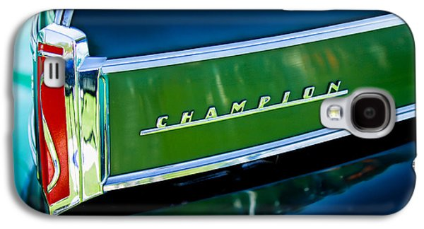 Car Part Photographs Galaxy S4 Cases - 1941 Sudebaker Champion Coupe Emblem Galaxy S4 Case by Jill Reger