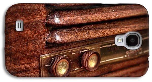 Plastic Galaxy S4 Cases - 1948 Mantola radio Galaxy S4 Case by Scott Norris