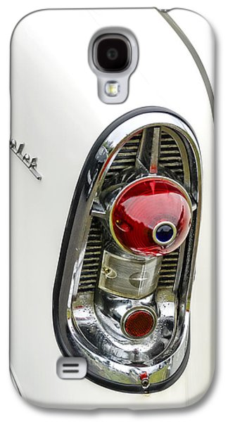 50s Photographs Galaxy S4 Cases - 1956 Chevy Taillight Galaxy S4 Case by Carol Leigh