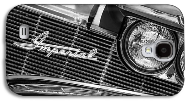 1960 Galaxy S4 Cases - 1960 Chrysler Imperial Grille Emblem -0269bw Galaxy S4 Case by Jill Reger