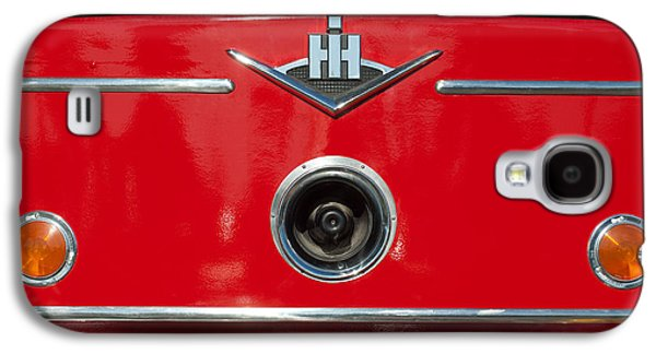 Truck Photographs Galaxy S4 Cases - 1966 International Harvester Pumping Ladder Fire Truck - 549 Ford Gas Motor Galaxy S4 Case by Jill Reger