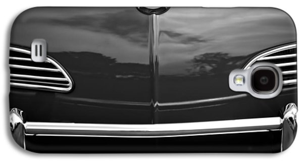Transportation Photographs Galaxy S4 Cases - 1968 Volkswagen Karmann Ghia Convertible Galaxy S4 Case by Jill Reger