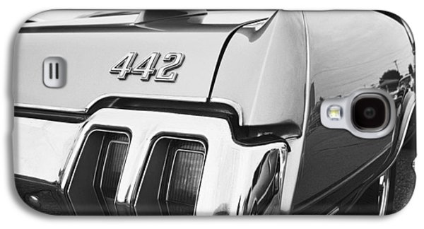 1970 Olds 442 Black And White Galaxy S4 Case by Gordon Dean II