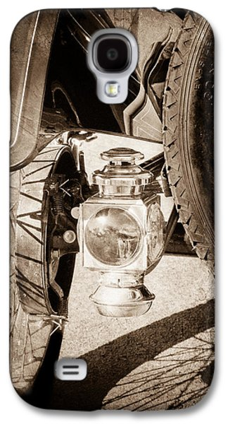 Ford Model T Car Galaxy S4 Cases - 1911 Ford Model T Torpedo 4 cylinder 25 HP Taillight Galaxy S4 Case by Jill Reger