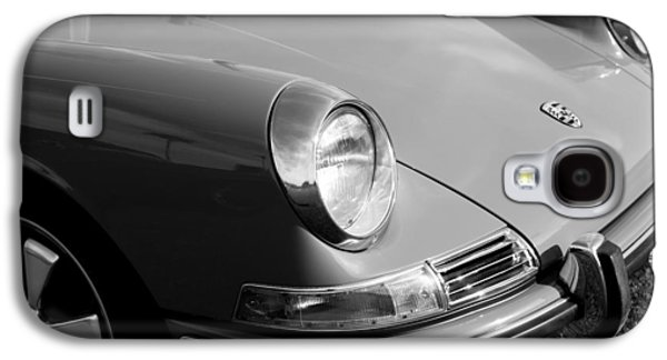 Transportation Photographs Galaxy S4 Cases - 1968 Porsche 911 Front End Galaxy S4 Case by Jill Reger