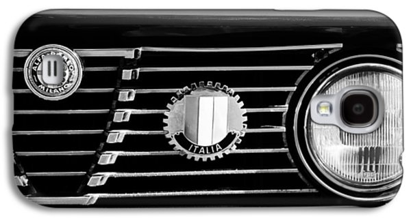 Transportation Photographs Galaxy S4 Cases - Alfa-Romeo Grille Emblem Galaxy S4 Case by Jill Reger