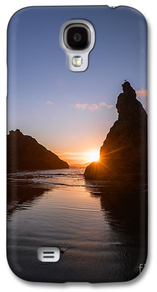 Reflections Of Sun In Water Galaxy S4 Cases - Bandon Beach sunset Galaxy S4 Case by Vishwanath Bhat