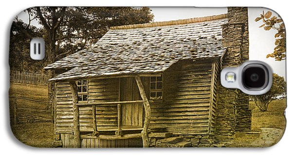Log Cabin Photographs Galaxy S4 Cases - Brinegar Cabin in the Blue Ridge Parkway Galaxy S4 Case by Randall Nyhof