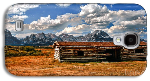 Log Cabin Photographs Galaxy S4 Cases - Cunningham Cabin III  Galaxy S4 Case by Robert Bales