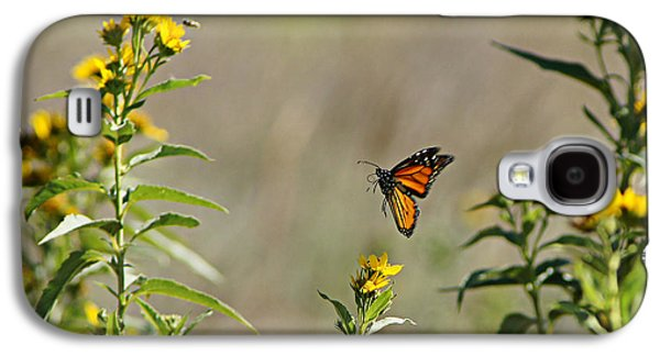 Wildlife Celebration Galaxy S4 Cases - Flight of the Monarch Galaxy S4 Case by Thomas Bomstad