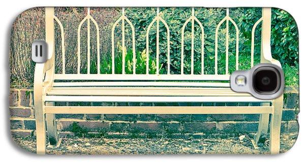 Garden Scene Galaxy S4 Cases - Garden bench Galaxy S4 Case by Tom Gowanlock