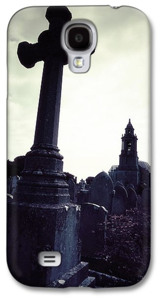 Creepy Galaxy S4 Cases - Graveyard Galaxy S4 Case by Joana Kruse
