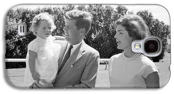 First-lady Galaxy S4 Cases - John F. Kennedy with Jacqueline and Caroline 1959 Galaxy S4 Case by The Phillip Harrington Collection