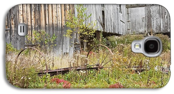 Old Maine Barns Galaxy S4 Cases - Old Barn in Fall Maine Galaxy S4 Case by Keith Webber Jr