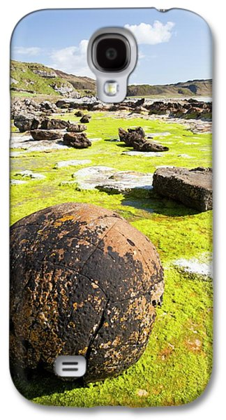 Rock Formations At The Bay Of Laig Galaxy S4 Case by Ashley Cooper