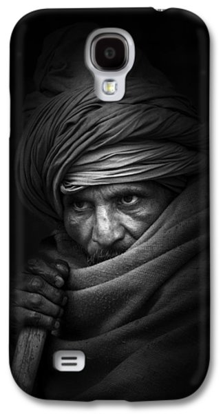 Candid Photographs Galaxy S4 Cases - Shadow Walker Galaxy S4 Case by Brad Grove