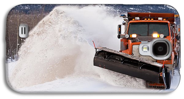 Working Conditions Photographs Galaxy S4 Cases - Snow plough clearing road in winter storm blizzard Galaxy S4 Case by Stephan Pietzko