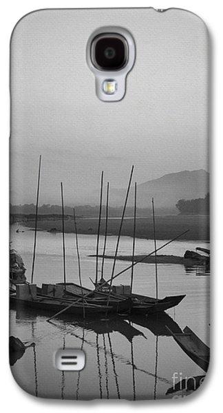 B Photographs Galaxy S4 Cases - sunset at Mae Khong river Galaxy S4 Case by Setsiri Silapasuwanchai