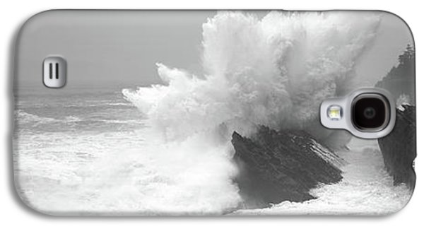 Waves Breaking On The Coast, Shore Galaxy S4 Case by Panoramic Images