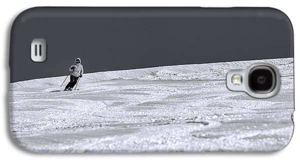 Mountain Photographs Galaxy S4 Cases - First Run Galaxy S4 Case by Sebastian Musial